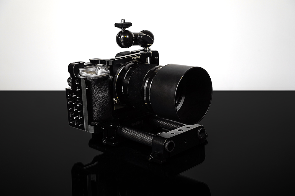 A6000 with Smallrig cage and rails